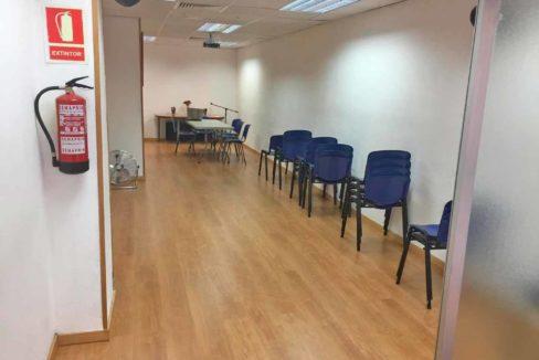 Local-en-rentabilidad-cerca-Sants-Estació-004