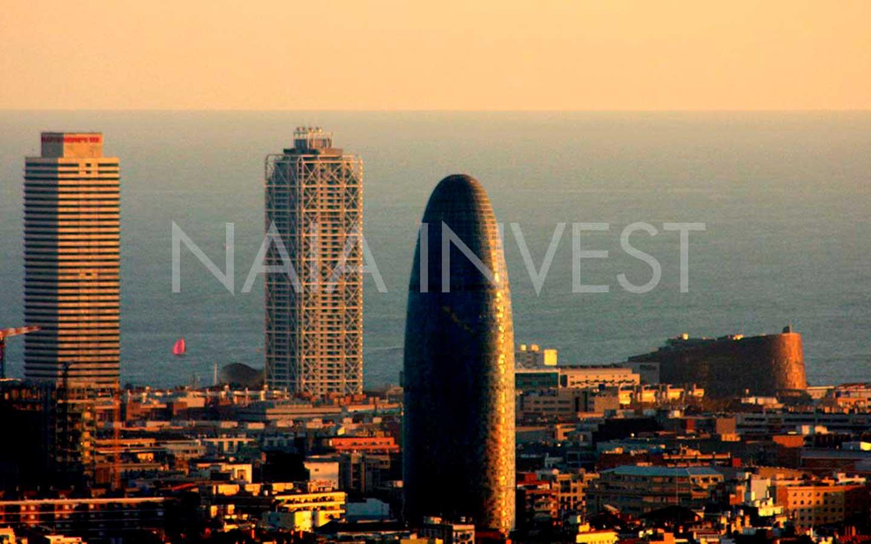 Local en venta en rentabilidad en calle Muntaner de Barcelona