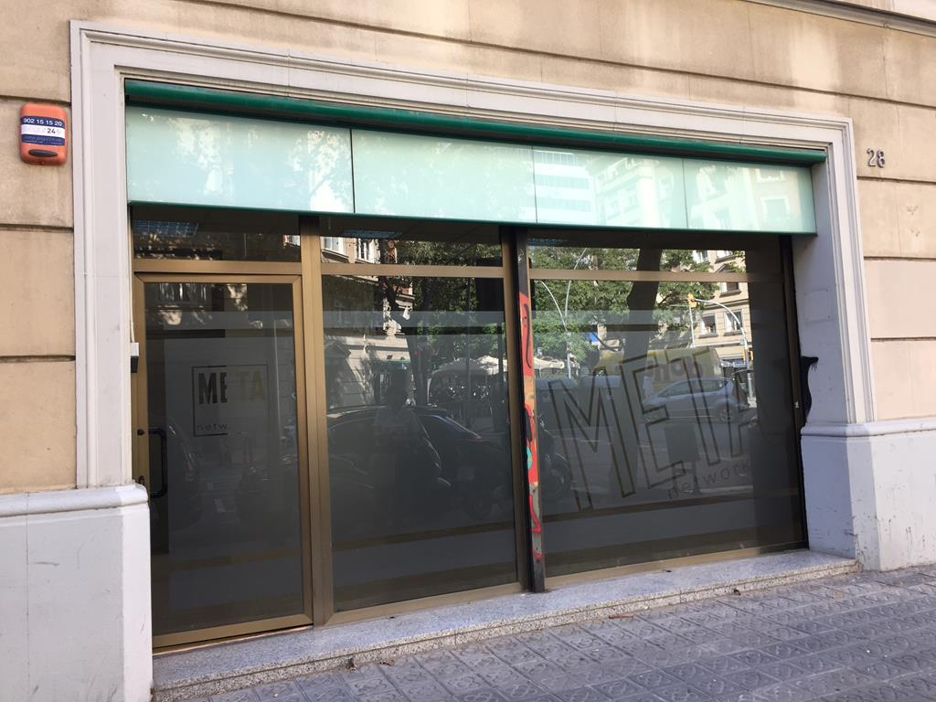 Local en alquiler en Les Corts en Barcelona