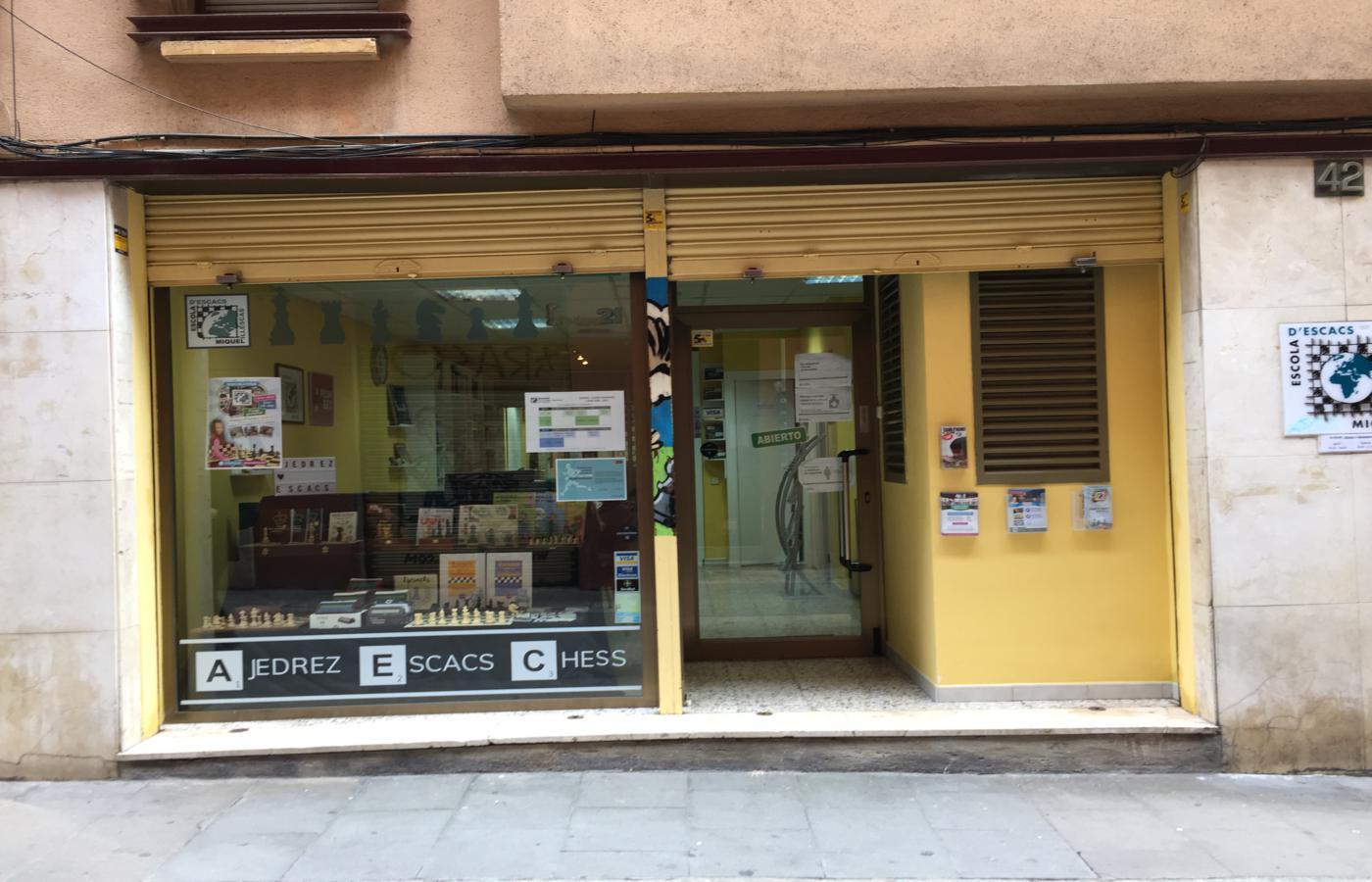 Local en venta en rentabilidad en Gràcia en Barcelona