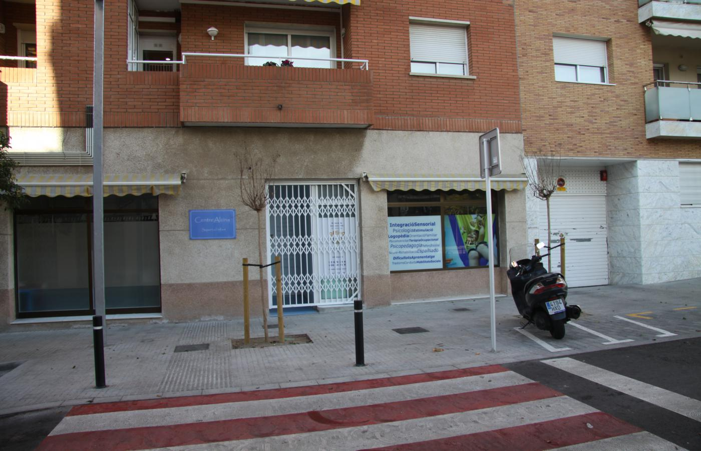 Local comercial en alquiler en Sant Feliu de Llobregat (Barcelona).