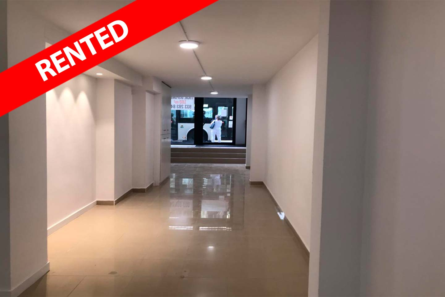 Commercial Property for rent near Gaudi Avenue in Barcelona