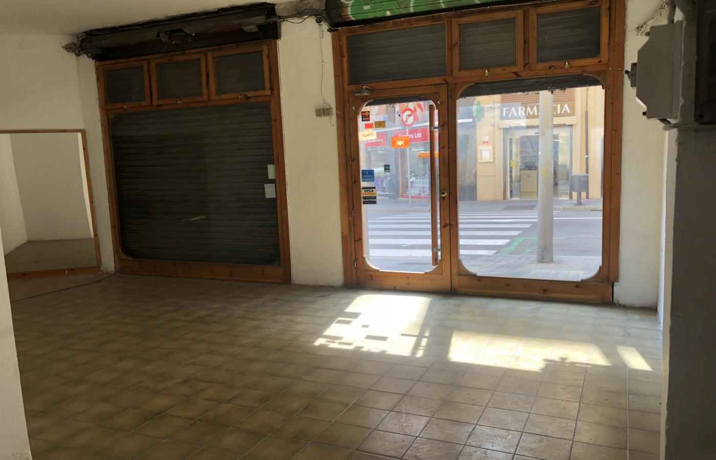 Commercial Property for sale in Sants in Barcelona.