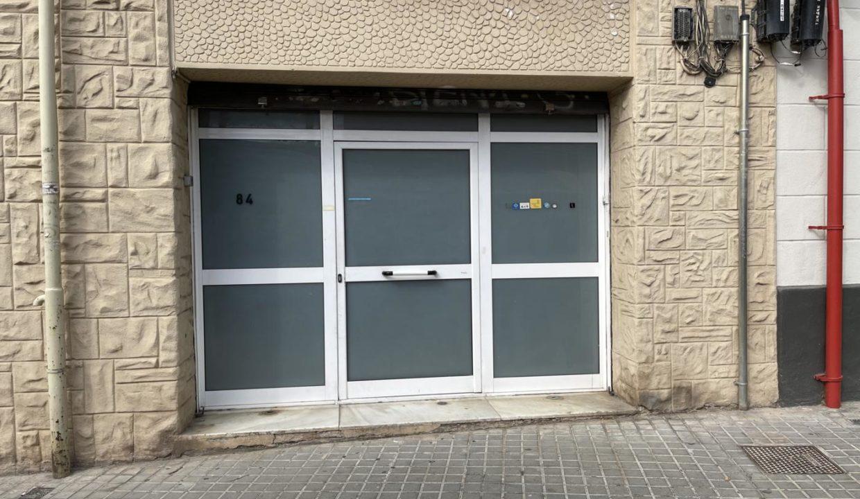 Local en venta en calle Begur 004