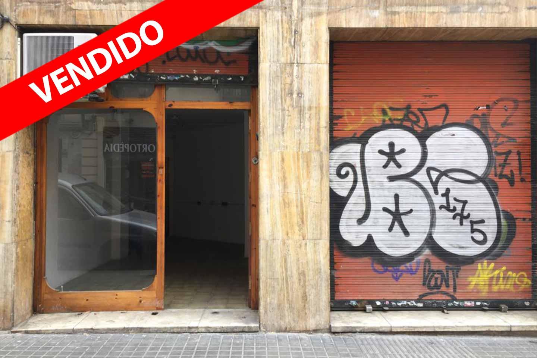 Local en venta en Sants en Barcelona.